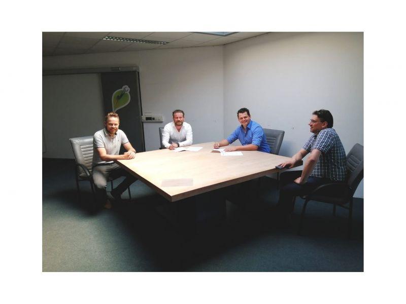Samenwerking Nijhuis, Wolters en Instain Tiel